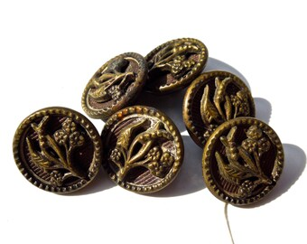 ANTIQUE: 6 Victorian Metal Buttons - 14mm