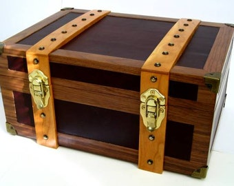 Walnut & Leather Table Top Humidor (The Steamer)