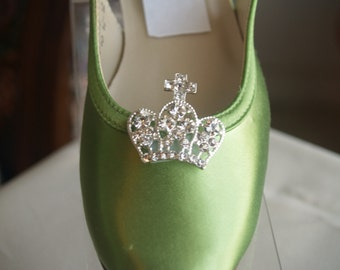 Flower girls Shoes Crystals Crown Apple Green - Little Princess Shoes, Closed Toe Short Heel Slingback, Very Comfortable, Crown Bling Corona