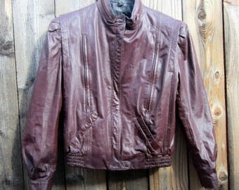 Womens Brown Leather Jacket - Zip up Leather size S or M - Vintage Outerwear