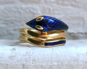 Vintage Italian 18K Yellow Gold Snake Ring with Blue Enamel.
