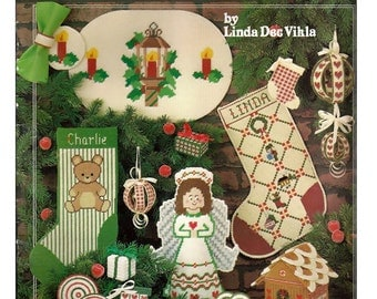 It's Christmas from Needleworks Plastic Canvas Pattern Book No. 106