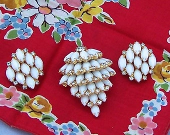 Vintage White Kramer Brooch and Earrings Set