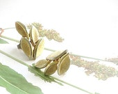 Crown Trifari Earrings Brushed Gold Leaf Clusters 1960s Mid Century Clips