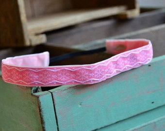 "No Slip Headband ""Snowflakes in Pink"" 7/8"""