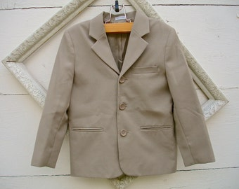 VINTAGE tan jacket  for little boys, taupe  jacket for boys  (sz 6-7)