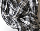 Father gifts-men's long scarf-black white red plaid wrinkle cotton linen fabri scarf- Man fashion-men's scarf Turkey 2016 trends scarves2012