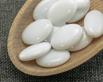 Oval Beads, Snow white, Czech Opaque Glass 20mm (10)