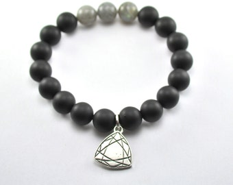 Eastern Facets Bracelet - Black Onyx / Labradorite 10mm