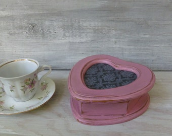 Small Pink Distressed Jewelry Box, Heart-Shaped Jewelry Box