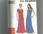 Simplicity pattern 9273 Misses Dress size 8 to 18