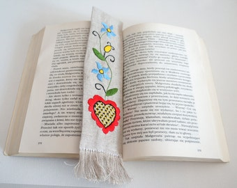 Handmade traditional kashubian embroidered Bookmark with heartl motif. Great gift.