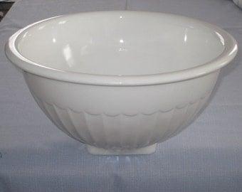 Large Vintage White Vitrock Mixing Bowl Square Base by Anchor Hocking