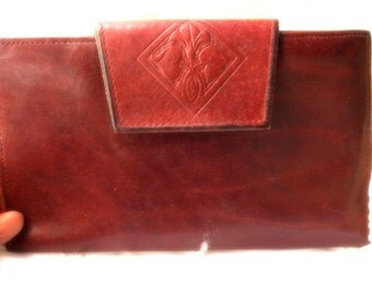 Vintage Cowhide leather Wallet Checkbook Redish brown  with flower tooled on clasp big