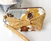 Brown Floral Bow Wristlet - Cotton Fabric Wristlet - Small Bow Clutch - Gadget Case