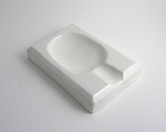 spoon rest in white pure white