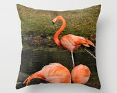 Pillow cover with pink flamingos