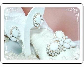 Juliana Milkglass Set -  Utterly Delicious Brooch and Earrings D&E  Demi-171a-020511025