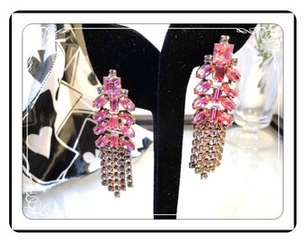 Bright Pink Earrings -  Dangling Clip On Rhinestones - Drippy  E-280a-083013000