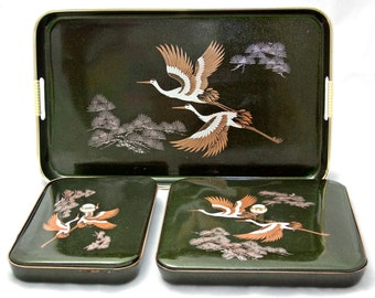 HOLLYWOOD REGENCY Flying Cranes Serving Tray Set • Black Japanese Lacquerware • Chinoiserie Bird • Faux Bamboo Handles