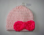 pink rochet hat with bow , pink baby girl beanie,  crochet bow hat newborn 0-3 months shower gift,  photo prop