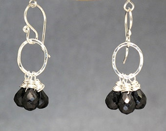 Small circle earrings with Black Spinel Victorian 178