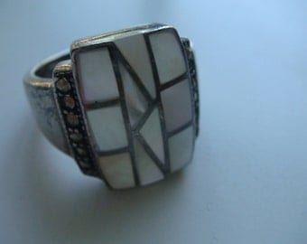 Large Mother of Pearl Ring
