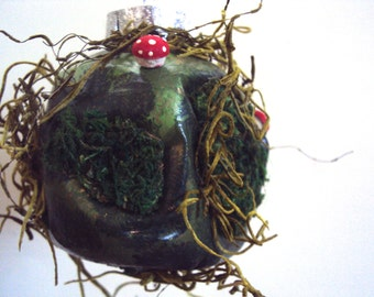 Craggy Moss Ornament - Lumpy Grumpy Woodland Christmas Bauble - Whimsical Hanging Orb - Nature Ball Decoration - Fairy Forest Mushroom Decor