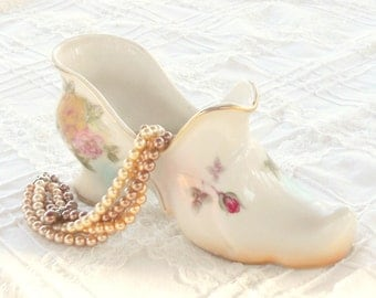 Porcelain Victorian Shoe Vase, Cottage Style, Romantic French Country