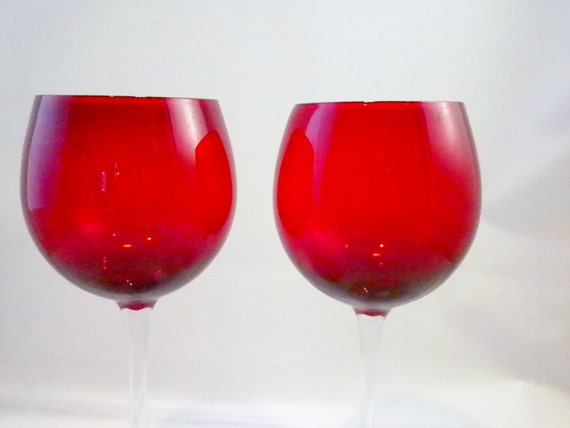 Vintage pair red wine glasses long stem by oldandnew8 on etsy for Thin stem wine glasses