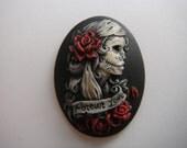 gypsy skull cameo cigarett case