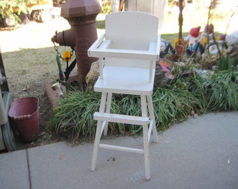 Darling Fun Vintage Wooden Chippy  White Doll High Chair,Doll Furniture,Dolls,/Not included in Coupon Discount Sale