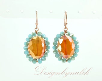 Blue and topaz crystall earring.