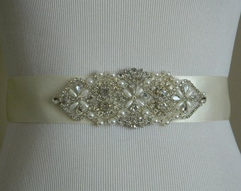 Wedding Belt, Bridal Belt, Sash Belt, Crystal Rhinestone & Off White Pearls