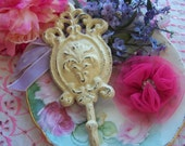 Distressed Cast Iron Wall Hook, Victorian Accents, Hooks, Wall Hooks, Shabby Style, Cottage Chic, Romantic Home, Home Decor Hooks, Chic