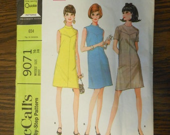 1967 McCalls Pattern 9071 Size 16 Misses Dress in Two Versions - McCalls Step-by-step Pattern