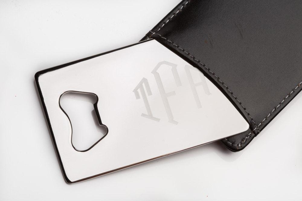 wallet size bottle opener credit card bottle opener man card. Black Bedroom Furniture Sets. Home Design Ideas