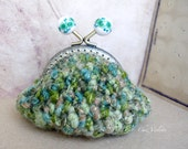 Crochet coin purse, wool green coin purse, cozy coin purse, handmade retro rustic coin purse