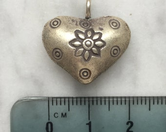 HT-144 Thai Hill Tribe Silver Heart Pendant