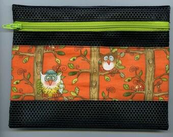 Owl Design Zippered Pouch