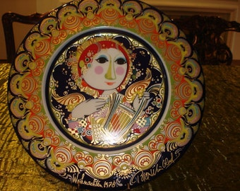 Collectible Plate by Rosenthal in the Weihnachtsteller pattern Angel with Harp