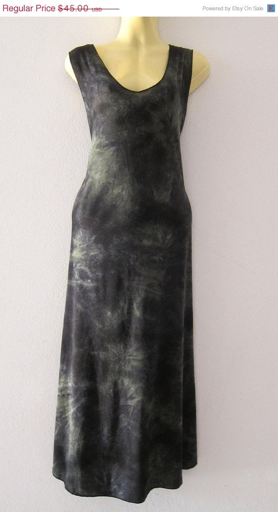 25% OFF CLEARANCE SALE comfortable stylish tie dyed dress in dark green and black hues...
