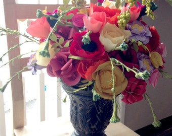 Paper Flower Centerpiece, Wedding Flowers, Flower Arrangement, Paper Flowers