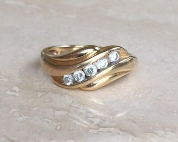 Very Nice Diamond Wedding Anniversary Ring .25 TCW By Viviansgirl
