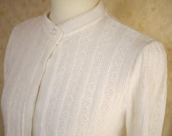 20 % Sale Vintage white cardigan pointelle knit