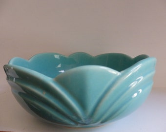 USA Scalloped Turquoise Pottery Bowl - 8 1/4 inches across