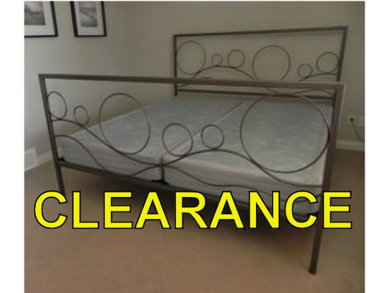 Rollings Hills Iron Bed