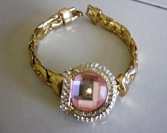 Vintage Pink Stone and Rhinestone Yellow Gold Geometric Link Bracelet in Gold Setting