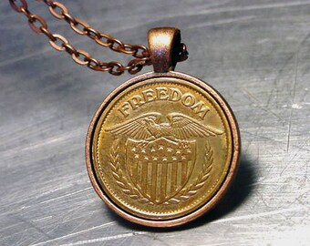 Necklace FREEDOM TOKEN PENDANT American Eagle Vintage copper / Brass Eagle shield