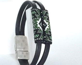 The Green One Seed Beaded Leather Strap Bracelet